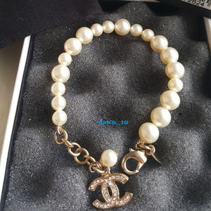 Chanel Graduated Pearl Crystal CC Bracelet, Gold